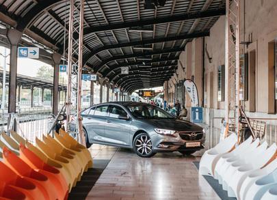Nova Opel Insignia na reviji F/W 2018 Lei Lou by Aleksandra Dojčinović